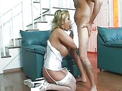 WinPorn Movie:Busty brunette cougar in sexy ...