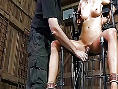 Ah-Me Movie:Caged up beauty needs punishment