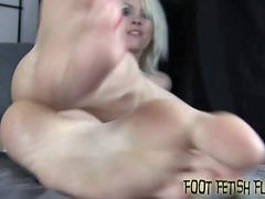 Xhamster Movie:Lick my soles so i can give yo...