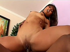 Max mikita spreads her... - WinPorn