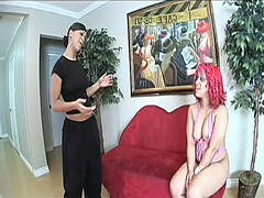 WinPorn Movie:Two curvaceous babes set up a ...