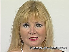 Mature euroean mom mas... preview