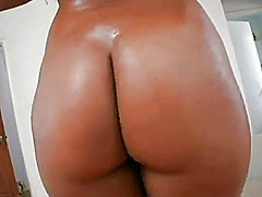 Latina with big booty fucking amazingly