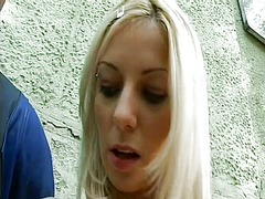 WinPorn Movie:Exhibitionist blondie tugging ...