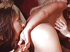 WinPorn Movie:Three exciting lesbians fulfil...