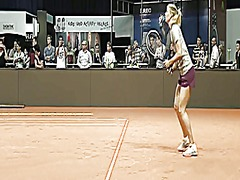 Thumb: Maria sharapova warmin...