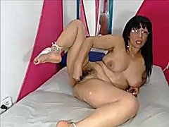 Thumb: Mature latina