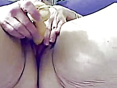 Old chunky whore granny masturbates o...