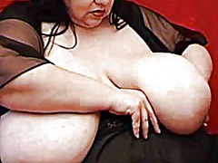 Ssbbw shows off her hu...