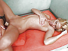 H2porn Movie:Sexy blonds are having sex on ...