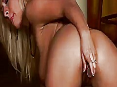 Wetplace - Carina shay polishes h...