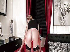 Wetplace - Warm stunner with big ...