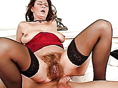 Hot mature hairy squir...