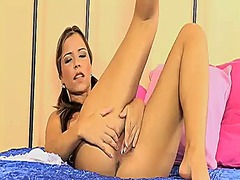 Hotshame Movie:Perfect bodied babe peaches gi...