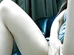 Private Home Clips Movie:She fucks her asian bun with a...