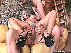 Wetplace Movie:Mia leone with juicy hooters g...