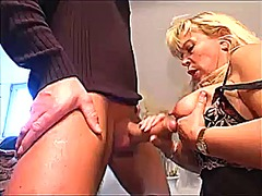 Blonde mature gets a h... preview