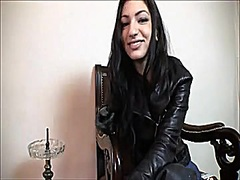 Voyeur Hit Movie:Smokin' leather Female-Dom Hum...