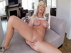 PinkRod Movie:Blonde tasha reign finds herse...