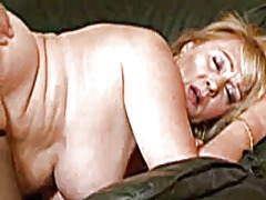 Xhamster Movie:Plump granny in action