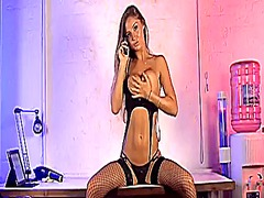 Xhamster Movie:Dionne daniels 30-07-2013(1)