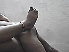 Mature indian aunty gets fucked from ...