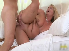 Milf kelly alston fuck... video