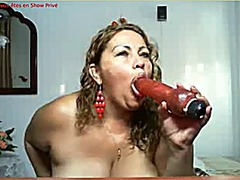 Mature show from Xhamster