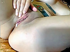 See: Emo inked babe camshow
