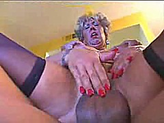 Horny german mature fu...