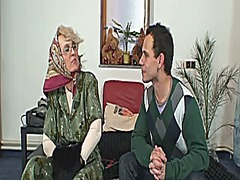 She pleases an young s... video