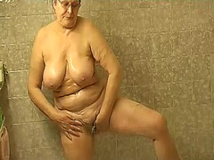 Granny masturbate herself ... - 09:12