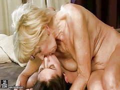 mom, movies, granny, seduced, lezzy