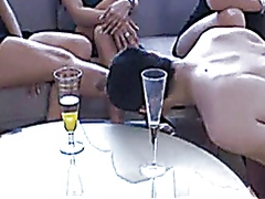 Goddess-kicks FFFm FemdomParty Espanol