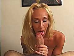Xhamster Movie:Mature fucks penis with her face