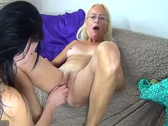 Nice skinny granny and girl using dil...