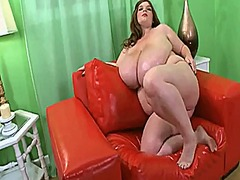 Thumb: Bbw with huge jugs pla...