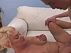 Awesome mature blonde ... from Xhamster