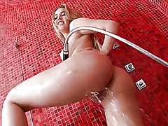 Wetplace - Sophia knight showing ...