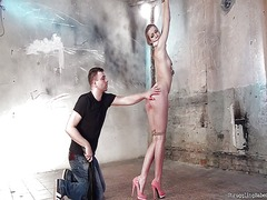 Thumb: Alexis crystal bound s...