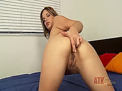 brunette, piercing, masturbation, shaved