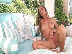 Thumb: Nicole aniston with ju...