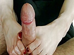 An amazing red pedicur... preview