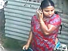 Xhamster Movie:Desi indian aunty taking bath ...