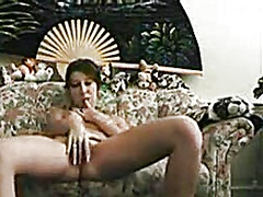 Private Home Clips Movie:Sweetheart undresses and plays...