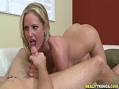 Yobt Movie:Bigtitted zoe holiday gives ho...
