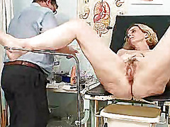 H2porn Movie:Unshaved twat mother tamara em...