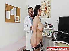 Keez Movies Movie:Big-breasted madam ob gyn expl...