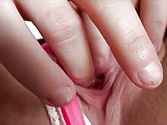 Katie king shows off h... video