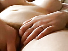 Private Home Clips Movie:My ex rubbing her bushy fur pie